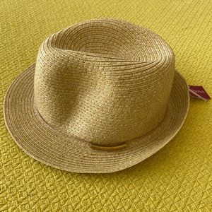 New woven straw hat